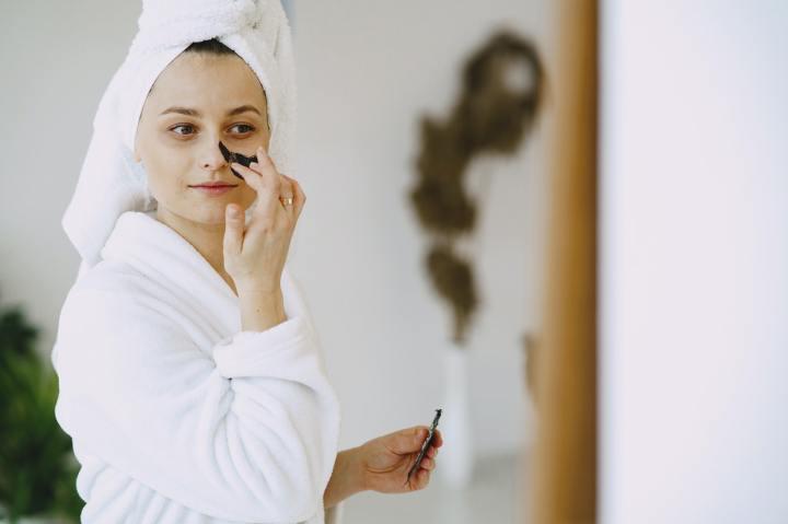 Basic Skincare BerdasarkanUsia