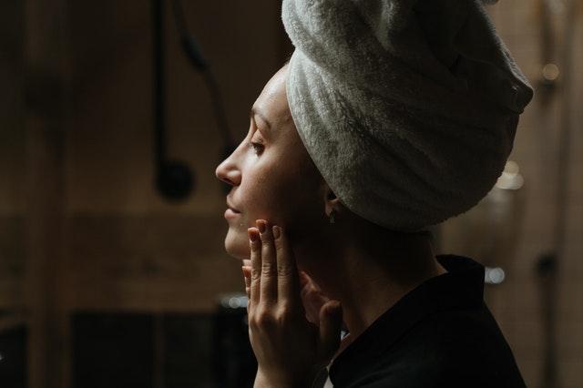 Jadwal Skincare Routine Pagi & Malam Untuk Skin BarrierBerjerawat!